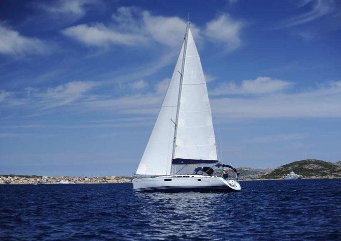gite-barca-vela-la-maddalena